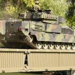 Schützenpanzer Ulan und Pionierbrücke 2000