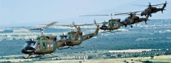 Agusta Bell AB-212 und Agusta A 129 Mangusta