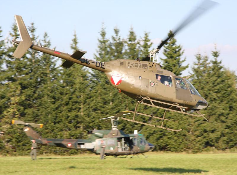 Hubschrauber stellen die Beweglichkeit der MFOR sicher. Alle Typen des Bundesheeres waren im Einsatz © Doppeladler.com