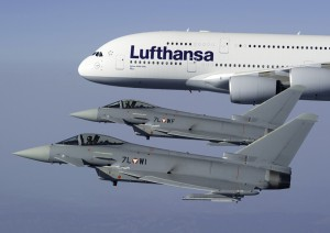 "Airbus A380 D-AIMG ""Wien"" und Eurofighter Typhoon 7L-WF und 7L-WI"