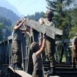 Aufbau einer D-Pionierbrücke in Thurnberg