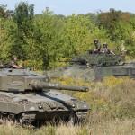 Kampfpanzer Leopard 2A4 und Schützenpanzer Ulan