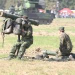 leichte Fliegerabwehr-Lenkwaffe RBS-70 von Bofors