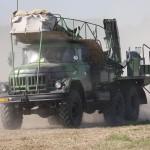 Ladefahrzeug 9T217 für Lenkwaffen vom Typ 3M9 KUB