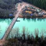 115 Meter lange Schwimmbrücke aus Alu-Brückengerät