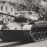 Mittlerer Kampfpanzer M47 Patton bei einer Parade