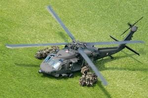 Soldaten des Jägerbataillons 25 bei einer Luftlandeübung