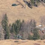 Luftlandung Agusta Bell AB-212 und Bell OH-58B Kiowa