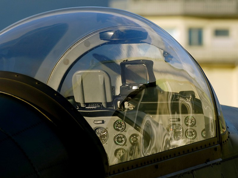 Cockpit der Pilatus PC-7