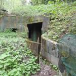 Zugang in den originalen Bunker W5 - eine Führungs- und Schutzanlage © Doppeladler.com