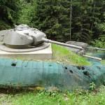 Ortsfest eingebauter Panzerturm des M24 Chaffee mit 7,5 cm Panzerkanone M6 © Doppeladler.com