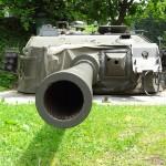 Das Heer kaufte Mitte der 1980er rund 300 veraltete britische Kampfpanzer Centurion aus den Niederlanden, nur um die Türme in den Schlüsselzonen eingraben zu können © Doppeladler.com