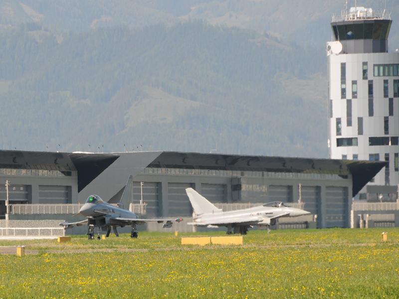 Zeltweg. Von hier aus operieren die österreichischen Abfangjäger vom Typ Eurofighter Typhoon © Strobl