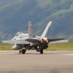 McDonnell Douglas F/A-18C Hornet J-5016 der Schweizer Luftwaffe © Strobl