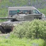 Kampfpanzer Leopard 2 A4 rollt in seine Ausgangsstellung © Doppeladler.com