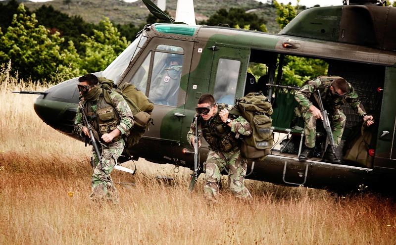 Die österreichischen Besatzungen übten die Zusammenarbeit mit Spezialeinsatzkräften (Special Operations Aviation – SOA) © Hot Blade