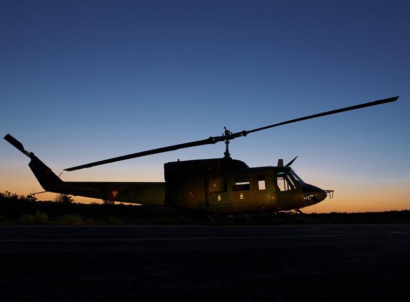 Wenn die nächtlichen Übungsmissionen beginnen, müssen die Agusta Bell AB-212 am Boden bleiben. Sie sind derzeit nicht nachtflugtauglich © Hot Blade
