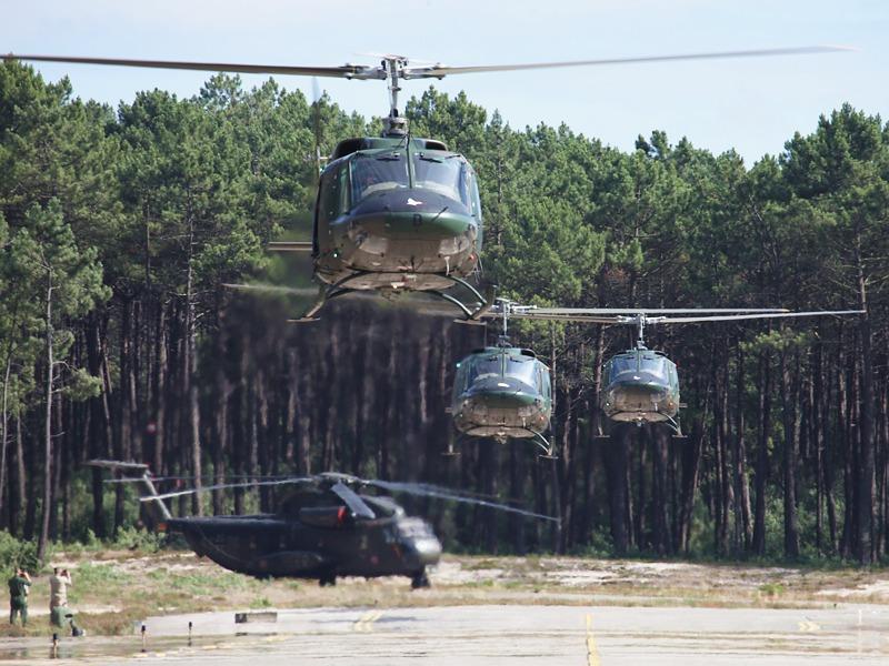 Agusta Bell AB-212 landen nach erfolgreicher Übungsmission © Finnish Armed Forces