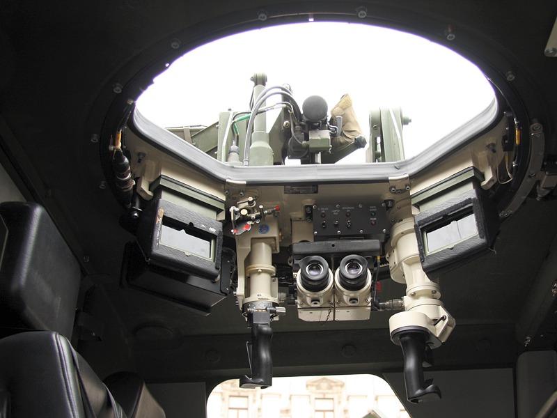 Überkopf-Waffenstation des Dingo II 4x4 in der Variante als Patrouillen- und Sicherungsfahrzeug. Die Station ist mit einem 7,62 mm MG74 ausgerüstet © Doppeladler.com
