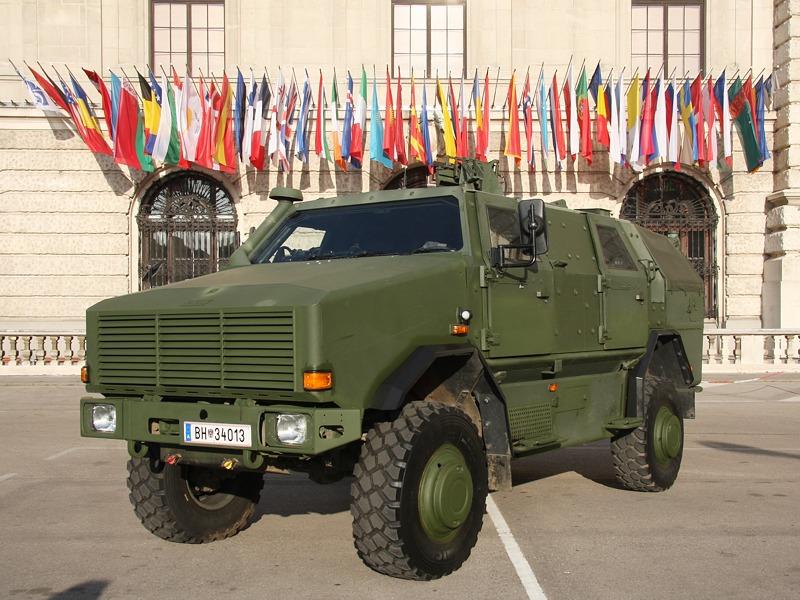 Allschutzfahrzeug Dingo II 4x4 in der Variante als Patrouillen- und Sicherungsfahrzeug © Doppeladler.com