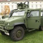 Die Auslieferungen des IVECO LMV haben begonnen. Das Fahrzeug ist gegen ABC-Bedrohungen, 12,7 mm Geschosse und 8 kg Minen geschützt © Doppeladler.com