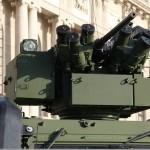 Waffenstation ERCWS-M des LMV - hier stabilisiert und mit einem 12,7 mm MG ausgerüstet - stammt aus Wien von ESL Advanced Information Technology © Doppeladler.com