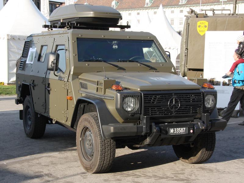 Radiometrie-Fahrzeug auf Basis des Mercedes LAPV Enok der Schweizer Armee. Dieser leicht gepanzerte Urenkel des Puch G spürt Strahlenbelastung auf © Doppeladler.com