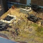 Unsere Burstyn-Motorgeschütze sind im Maßstab H0 (1:87). Hier überrollen gleich drei der nie verwirklichten Panzer der k.u.k. Armee feindliche Stellungen © Doppeladler.com