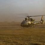 Wer schnell hilft, hilft doppelt. Die Islamisten wurden nicht von Frankreichs High Tech Waffen, sondern von betagten Mirage 2000 Jets und Gazelle Hubschraubern zurückgeworfen. Die waren bereits in der Region © French Army