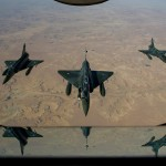 Drei Mirage 2000 bei einem Luftbetankungsmanöver über Mali © French Air Force