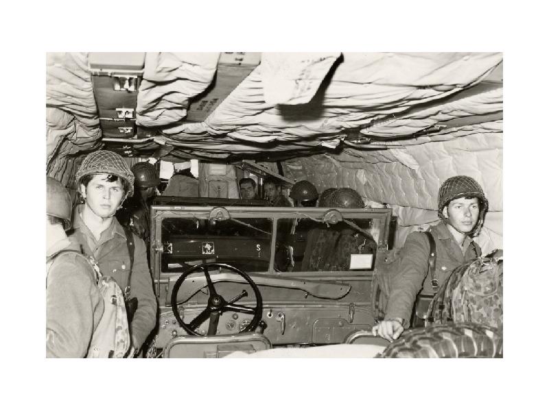 Übung mit dem Jägerbataillon 25 - Willys Jeeps konnten als Innenlast transportiert werden © JgB25