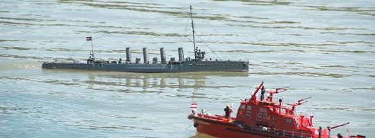 Modell-Schiff-Fahren mit den Freunden Historischer Schiffe