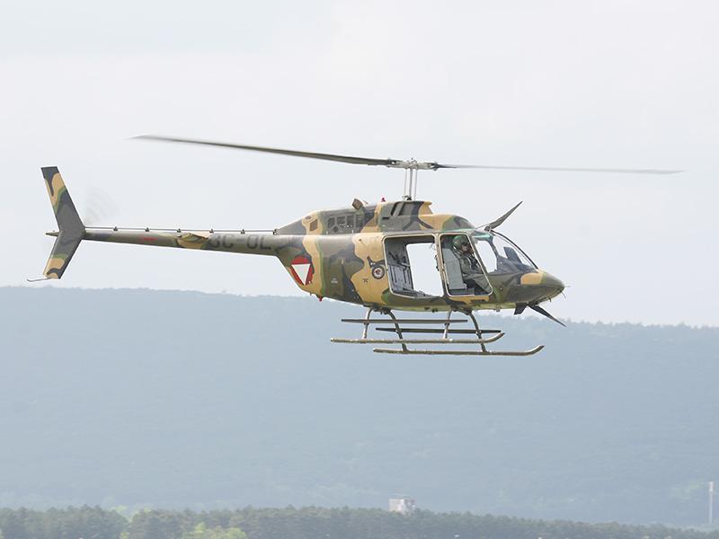 Bell OB-58B Kiowa - ohne Türen ein richtig feines Special Forces Taxi, wie man später sehen sollte