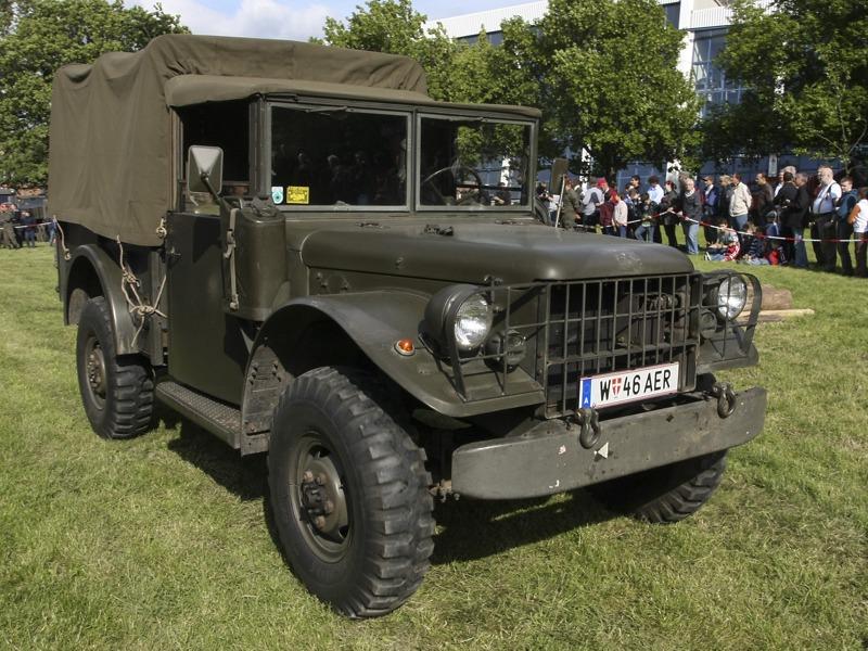 Geländegängiger Fernmeldekraftwagen Dodge Typ 245 © T. Hufnagel