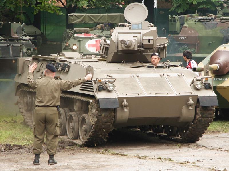 Der nie eingeführte Kampfschützenpanzer KSPz MK-R ist das Missing Link zwischen dem Saurer und dem Ulan © Doppeladler.com