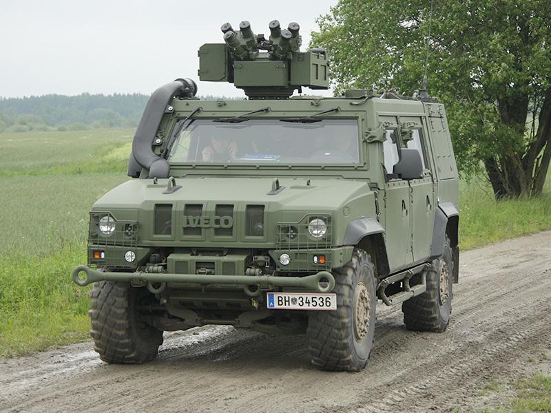 Zu Beginn der Übung stand die Aufklärung im Fokus. Hier ein Iveco LMV (das MG der Waffenstation ist ausgebaut) © Doppeladler.com
