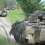 Mit frischen Aufklärungsdaten versorgt rücken die Panzergrenadiere vor © Bundesheer / Honeder