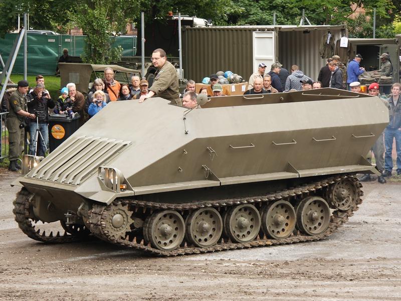 Prototyp 4K3H der Österreichischen Saurerwerke AG für einen Schützenpanzer für das Bundesheer © Doppeladler.com