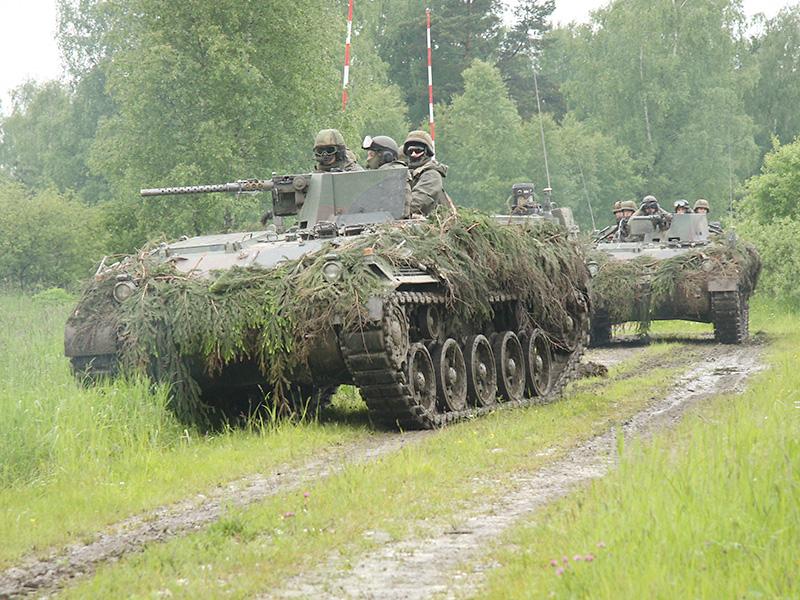 Aus anderer Stoßrichtung greifen Panzerpioniere Söllitz an © Doppeladler.com