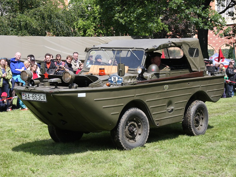 Sowjetisches Amphibienfahrzeug vom Typ GAZ-46 © Doppeladler.com