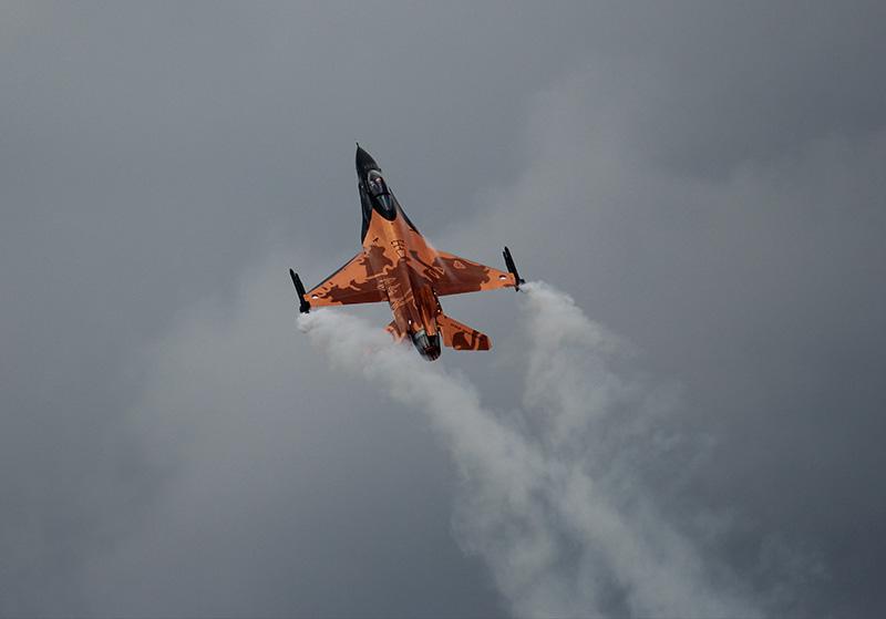 JP1 - F16 im Langsamflug © Jakob Prior