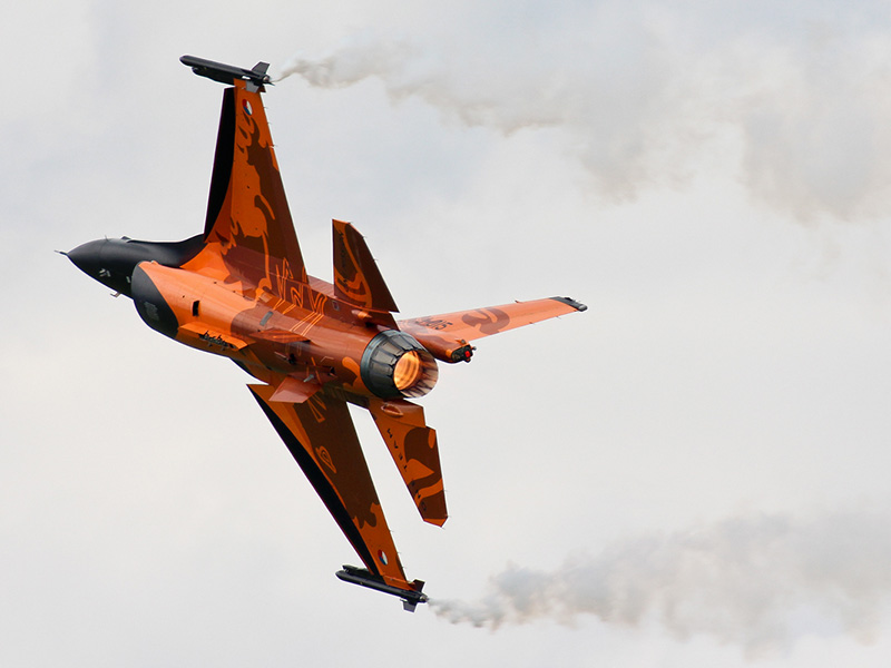 MS1 - F-16 mit Nachbrenner © Michael Stricker