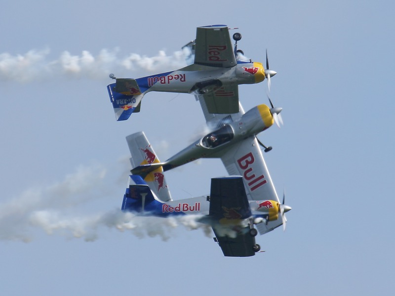 RT3 - Flying Bulls Aerobatics Team © Robert Tögel