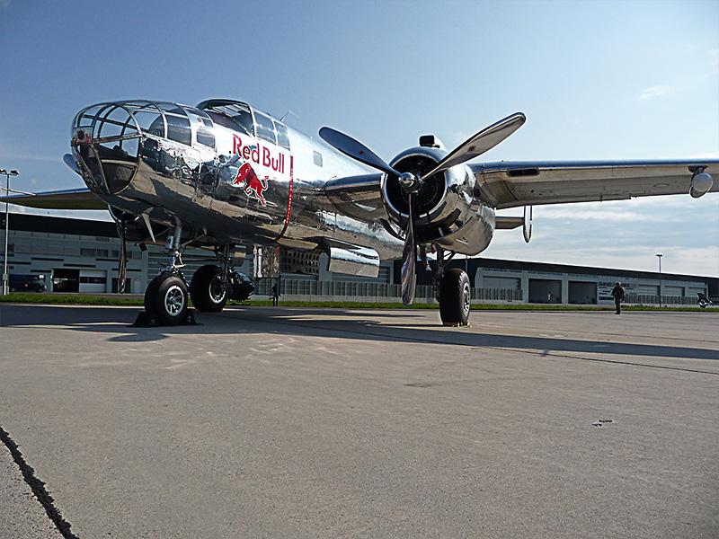 SR3 - North American B- 25 Mitchell © Sascha Rudroff