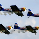 "TD1 - Performance des ""The Flying Bulls Aerobatics Team"" (4x Zlin Z-50LX) © Tim Donell"