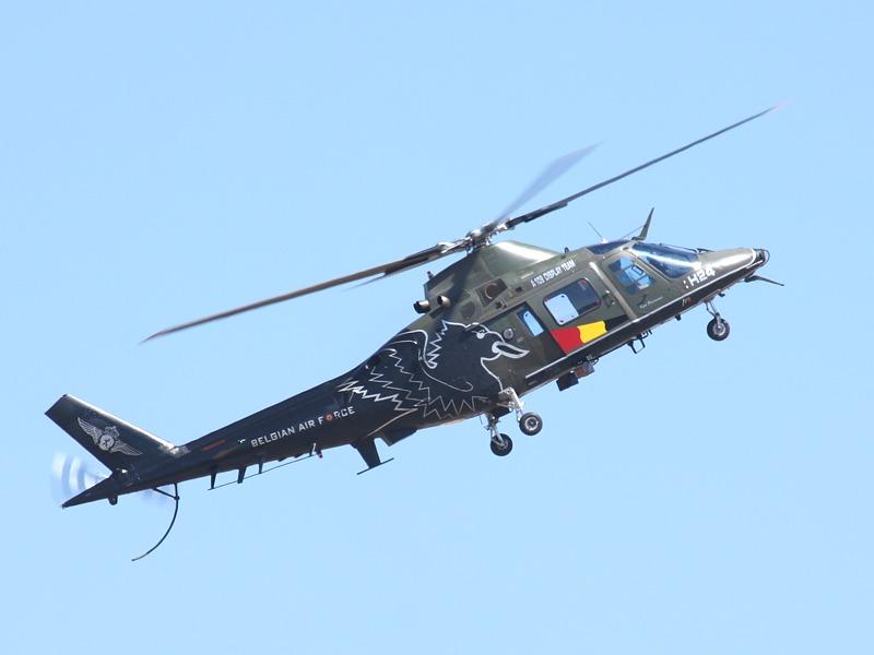 Agusta A-109 BA H24 des A109 Display Team der belgischen Luftstreitkräfte