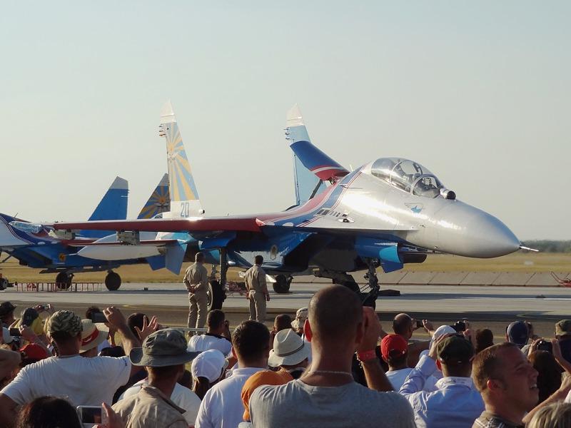 Suchoi Su-27UB Flanker der Russian Knights