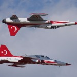 Spiegelflug der Turkish Stars