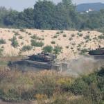 Die Schützenpanzer Ulan rücken vor