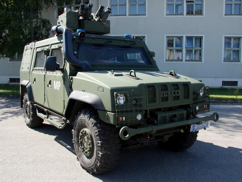 Iveco LMV als Einsatzfahrzeug der Militärpolizei